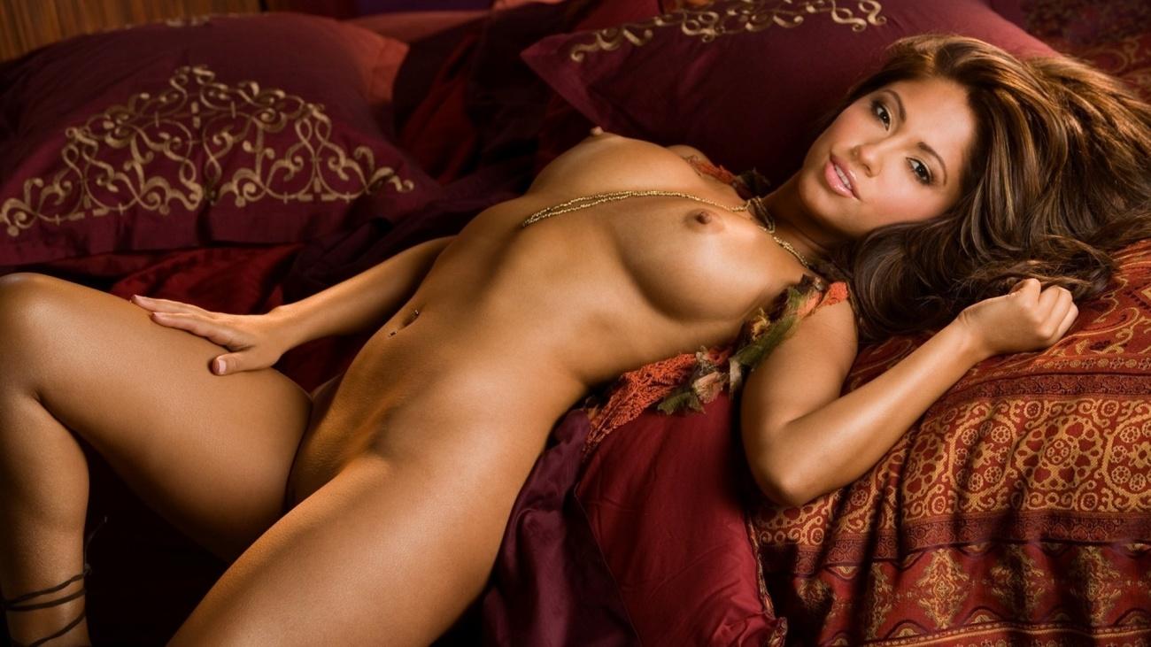 Jessica Capshaw  nackt